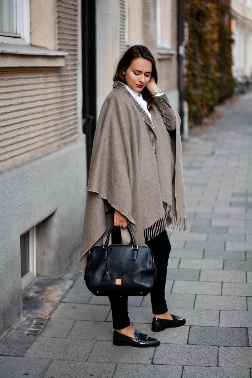 olivia julietta gant footwear gant poncho mode blog münchen mcm worldwide