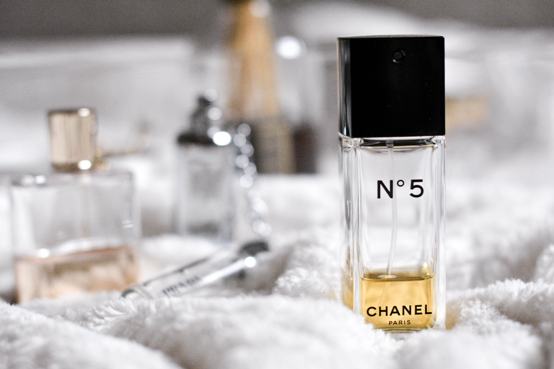 Chanel No 5 Co Olivia Julietta